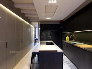 CREAPROJECTS. Interior design. Built-in kitchens Black