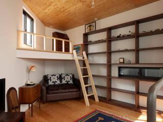 主寝室 ミニマルスタイルの 寝室 の 一級建築士事務所 Coo Planning ミニマル 木 木目調