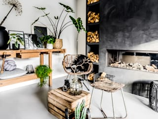 Dinding & Lantai Modern Oleh Pure & Original Modern