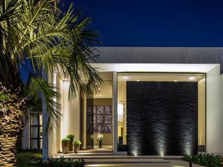 Houses by Rosset Arquitetura, Modern
