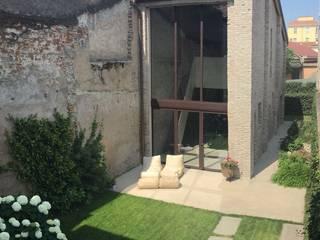 Casas modernas de studio di architettura DISEGNO Moderno