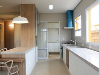 PROJETO T|L Cozinhas modernas por Patricia Bonadia Arquitetura Interiores e Feng Shui Moderno