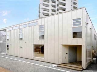 東雲の家: THIS ONE DESIGN OFFICEが手掛けた二世帯住宅です。,