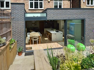 Highgate, Haringey N6 | Rear house extension Modern houses by GOAStudio | London residential architecture Modern