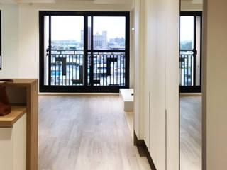 Corridor & hallway by 鹿敘空間設計, Scandinavian