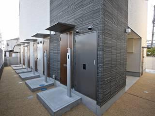 芦屋のアパートメント / 木造3階建て 賃貸長屋住宅: 一級建築士事務所 Coo Planningが手掛けた家です。,