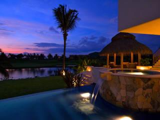 bởi foto de arquitectura Nhiệt đới