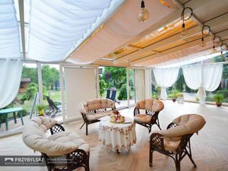 Classic style conservatory by P.W. Przybylski Classic
