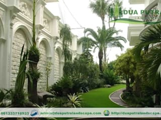 Tropical style garden by Dua Putra Landscape Tropical