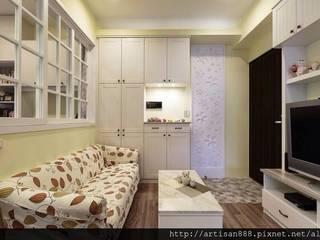 暖。美式鄉村宅 3房2廳 |鄉村風| 芸匠室內設計 Artisan Design 乡村风格的走廊,走廊和楼梯 根據 芸匠室內裝修設計有限公司 鄉村風