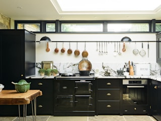 The Chipping Norton Kitchen by deVOL deVOL Kitchens Built-in kitchens Solid Wood Black