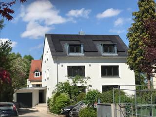 Umbau, Erweiterung und energetische Sanierung eines 3 - Familienhaus, KFW 55:  Mehrfamilienhaus von Architekturbüro Pongratz