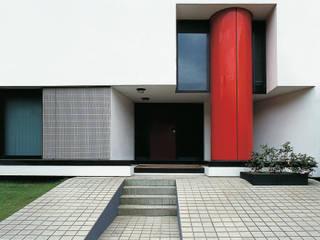 Villa a Casal Palocco Case moderne di Studio Transit Moderno