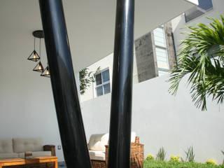 Casa de la Luz Balcones y terrazas modernos de JC Arquitectos Moderno