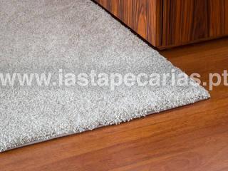 Carpetes Sala de Estar:   por IAS Tapeçarias