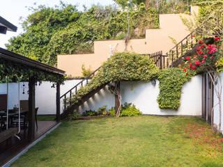 Moderner Garten von JoseJiliberto Estudio de Arquitectura Modern