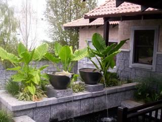LEGGATT Asian style garden by Japanese Garden Concepts Asian