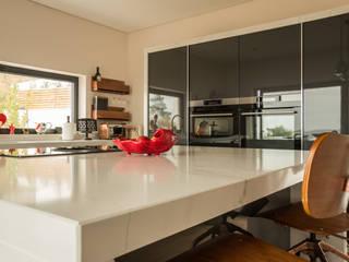 de Moderestilo - Cozinhas e equipamentos Lda Moderno