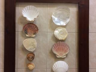 Quadro com conchas:   por Inês Florindo Lopes