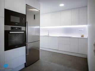 Grupo Inventia Cocinas equipadas Aluminio/Cinc Gris