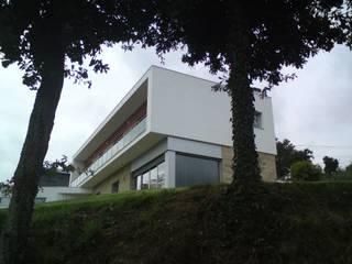 Vista Sul: Casas  por João Oliveira, arquitecto