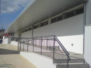 Entrada: Pavimentos  por João Oliveira, arquitecto