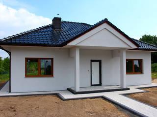 KROSBUD - Domy z keramzytu, prefabrykowane, modułowe Eklektyczne domowe biuro i gabinet od KROSBUD - Domy z keramzytu, prefabrykowane, modułowe Eklektyczny