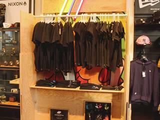 """Stand """"Ideotopie"""" au cinéma MK2 Bibliothèque - Paris Thomas Dellys Locaux commerciaux & Magasin minimalistes Bois"""
