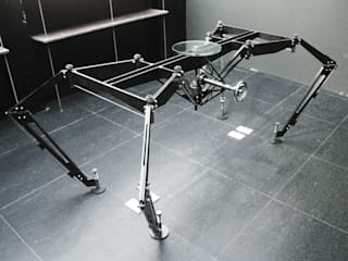 spider table:   by 形構設計 Morpho-Design