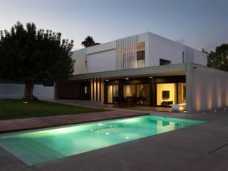 Proyecto de vivienda unifamiliar aislada CASA FORMENT. Valencia Casas de estilo mediterráneo de Mano de santo - Equipo de Arquitectura Mediterráneo