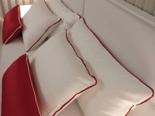 Vivenda Apúlia Quartos minimalistas por Angelourenzzo - Interior Design Minimalista