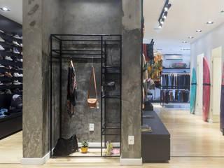 ZAAV Arquitetura オフィス&店