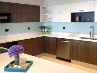 Cocina:  de estilo  por Ensamble Home