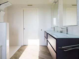 casa in legno abbiategrasso Bagno moderno di Novello Case in Legno Moderno