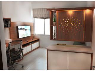 Pooja and Study:  Study/office by Sandarbh Design Studio