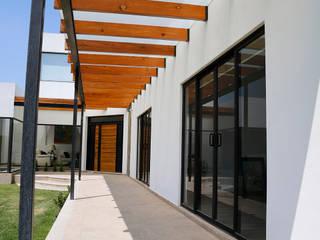RESIDENCIA SAN ANDRES Casas modernas de RIAN INMOBILIARIA SA DE CV Moderno
