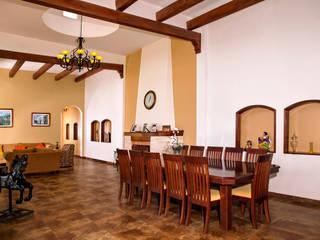 Casa de Campo Tonantzintla Comedores coloniales de RIAN INMOBILIARIA SA DE CV Colonial