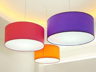 Pantallas tamaño XXL:  de estilo  de Cenflor Iluminacion Lamparas Valencia Leds