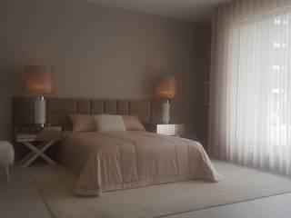 AMBIENTES MODERNOS, SÓBRIOS E CONFORTÁVEIS Quartos modernos por CRISTINA AFONSO, Design de Interiores, uNIP. Lda Moderno