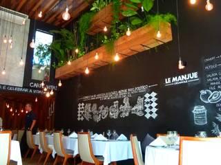 Restaurante Le Manjue Organique Espaços gastronômicos modernos por Flavia Machado Arquitetura Moderno