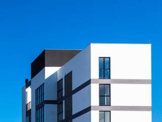 โดย ZAAV Arquitetura โมเดิร์น