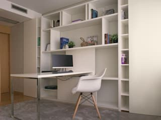 Home office:   por 411 - Design e Arquitectura de Interiores,Moderno