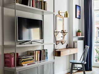 Mieszkanie w kamienicy na Powiślu Eklektyczny salon od OIKOI Eklektyczny