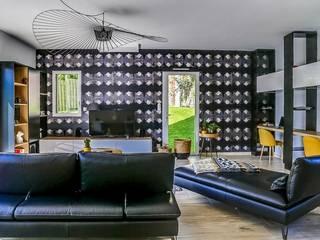 salon contemporain:  de style  par Florence Vatelot Décoratrice d'intérieur