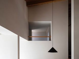 House in Kamo|加茂の家: 山田誠一建築設計事務所が手掛けたリビングです。,