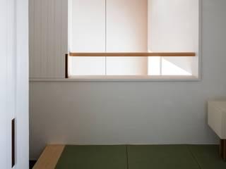 House in Kamo|加茂の家: 山田誠一建築設計事務所が手掛けた和室です。,