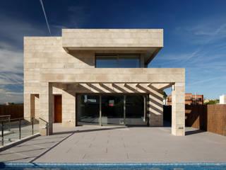 Casa Diago: Casas unifamilares de estilo  de navarro+vicedo arquitectura
