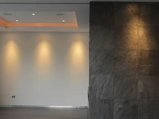 DEPARTAMENTO LIMON Estudios y despachos modernos de Tema Arquitectos Moderno