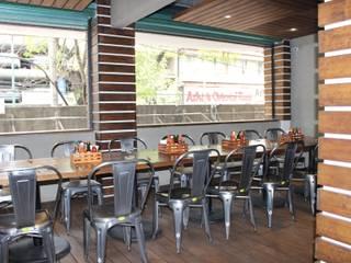 LA GAMBETA: Restaurantes de estilo  por Tema Arquitectos