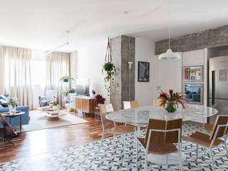 客廳 by INÁ Arquitetura, 現代風